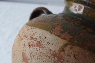 陶器の水瓶