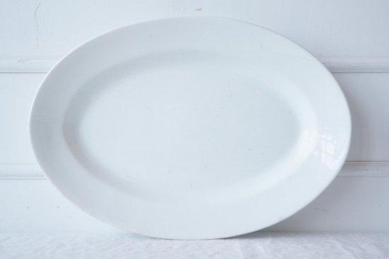 白釉のオーバル皿