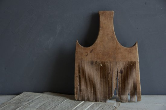 古い木製千歯扱きB