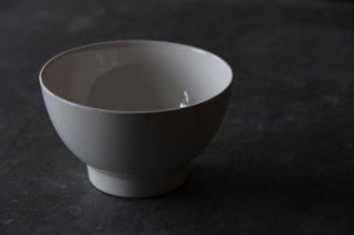 白い陶製ボル