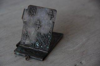 真鍮のブック型チャーム/メダイ