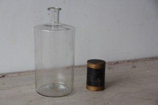 古い薬瓶AA