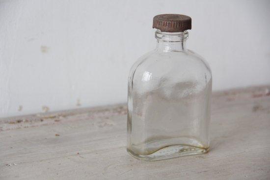 小さなリカーボトル