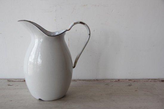 陶器 の ジャグ あつ 森