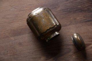 真鍮製のボトル