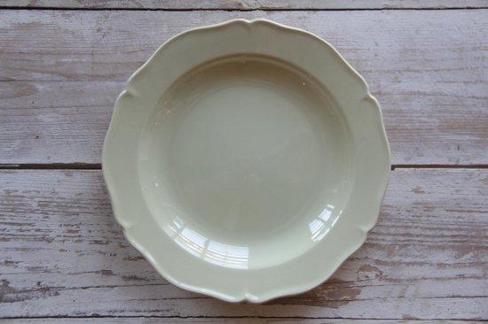 CREIL ET MONTEREAU 象牙色の花リムスープ皿[在庫4]