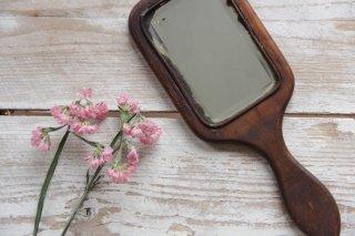 木枠の手鏡