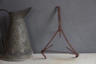 鉄製 暖炉調理ツール 三角