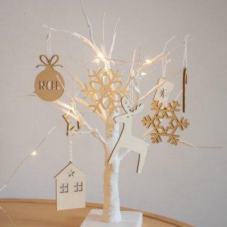 木のクリスマスオーナメント