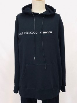 <img class='new_mark_img1' src='https://img.shop-pro.jp/img/new/icons25.gif' style='border:none;display:inline;margin:0px;padding:0px;width:auto;' />Bennu Illustration Print Big Hoodie