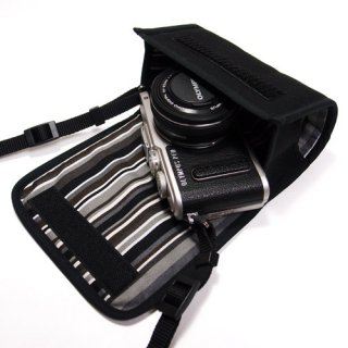 オリンパスペンLite E-PL10ケース / E-PL9ケース --14-42mm EZ レンズキット(ブラック・アルバグレイ)--カラビナ付