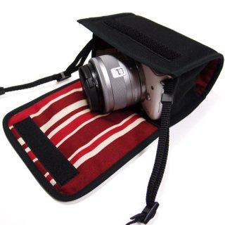 カメラケース ミラーレス キヤノン EOS M100ケース /EOS M10ケース(ブラック・ボルドーストライプ)--カラビナ付