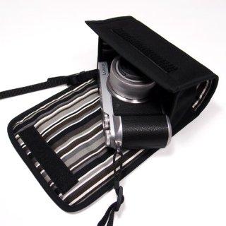 LUMIX GX7 MarkIIケース(ブラック・アルバグレイ) - 標準ズームレンズ用 --カラビナ付