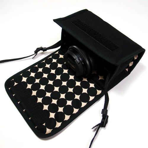 キヤノン EOS M6ケース(ブラック・マーブルドット)--標準ズームレンズ用(カラビナ付)