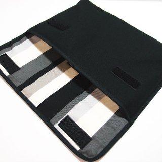 10.5インチiPad Proケース「FILO」(ブラック・グレーストライプ)
