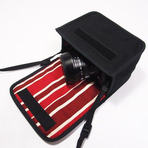 LUMIX GX7 Mark IIIケース(ブラック・ボルドーストライプ)--単焦点ライカDGレンズ+レンズフード用--カラビナ付