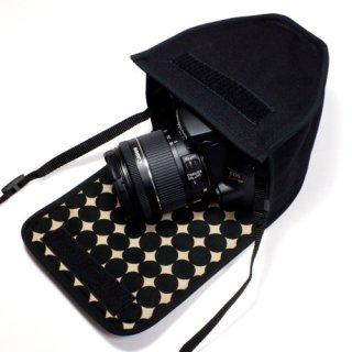 キヤノン EOS Kiss X10ケース(ブラック・マーブルドット)--EF-S18-55 IS STM レンズ用
