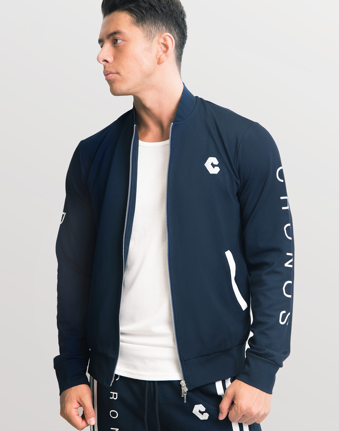 <img class='new_mark_img1' src='https://img.shop-pro.jp/img/new/icons1.gif' style='border:none;display:inline;margin:0px;padding:0px;width:auto;' />Mode Back 2 Stripe Blouson  02 Navy