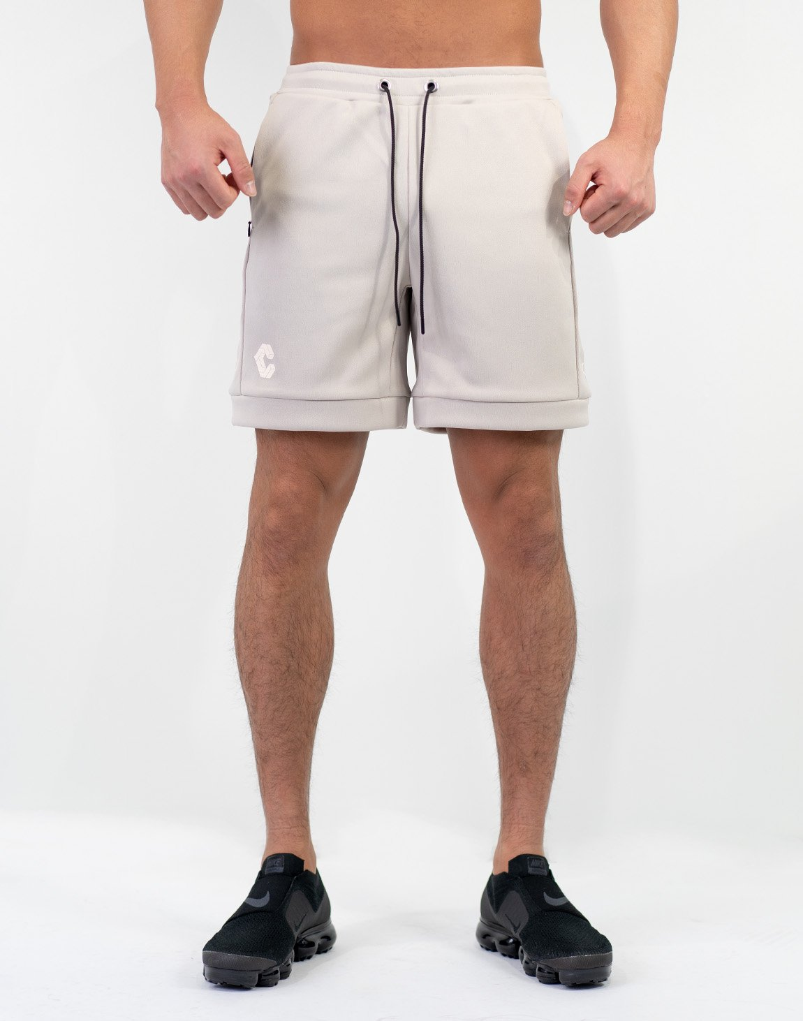 <img class='new_mark_img1' src='https://img.shop-pro.jp/img/new/icons1.gif' style='border:none;display:inline;margin:0px;padding:0px;width:auto;' />Side Logo Shorts Olive&Khaki