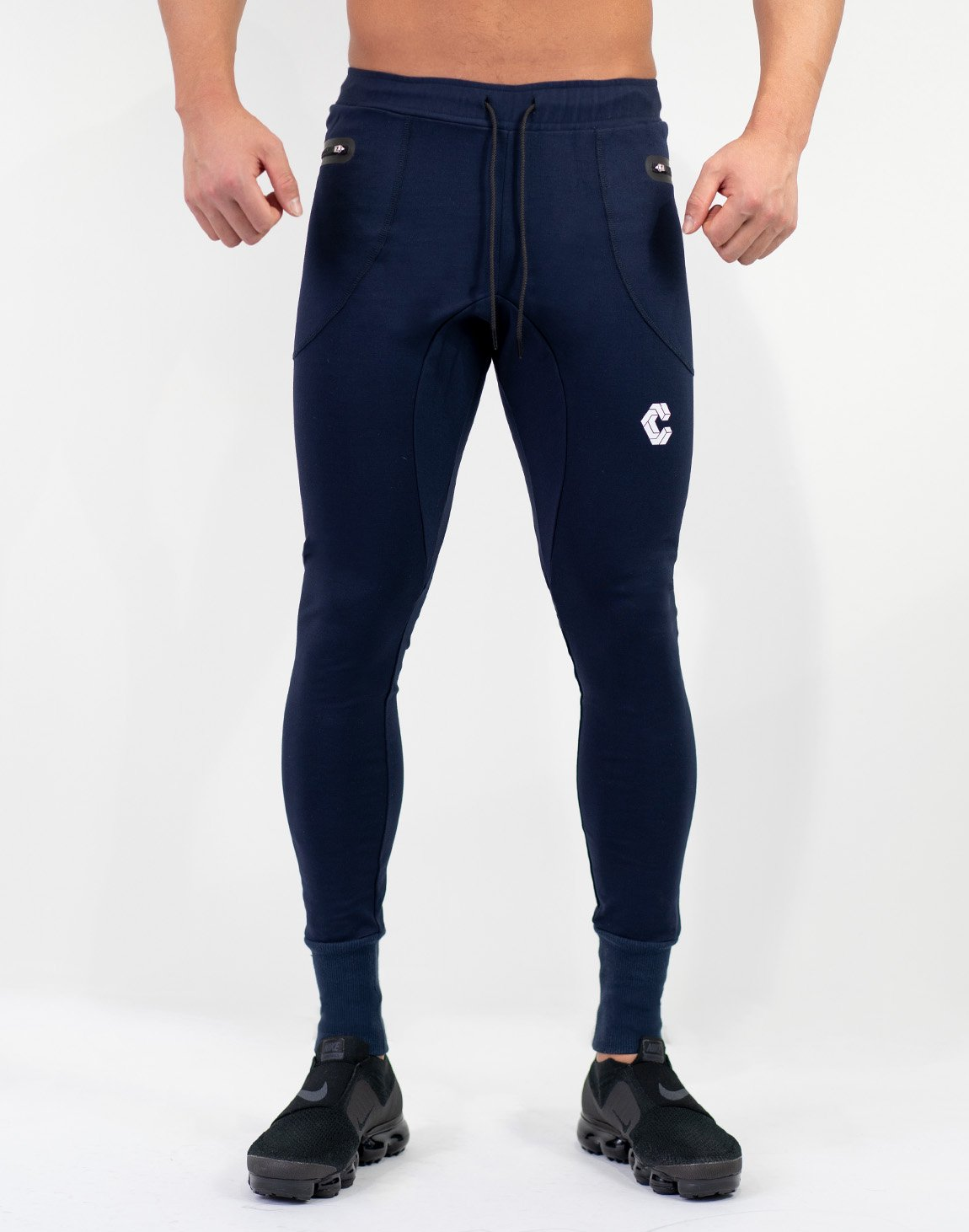 <img class='new_mark_img1' src='https://img.shop-pro.jp/img/new/icons1.gif' style='border:none;display:inline;margin:0px;padding:0px;width:auto;' />Mode Calf Logo jogger Pants Navy