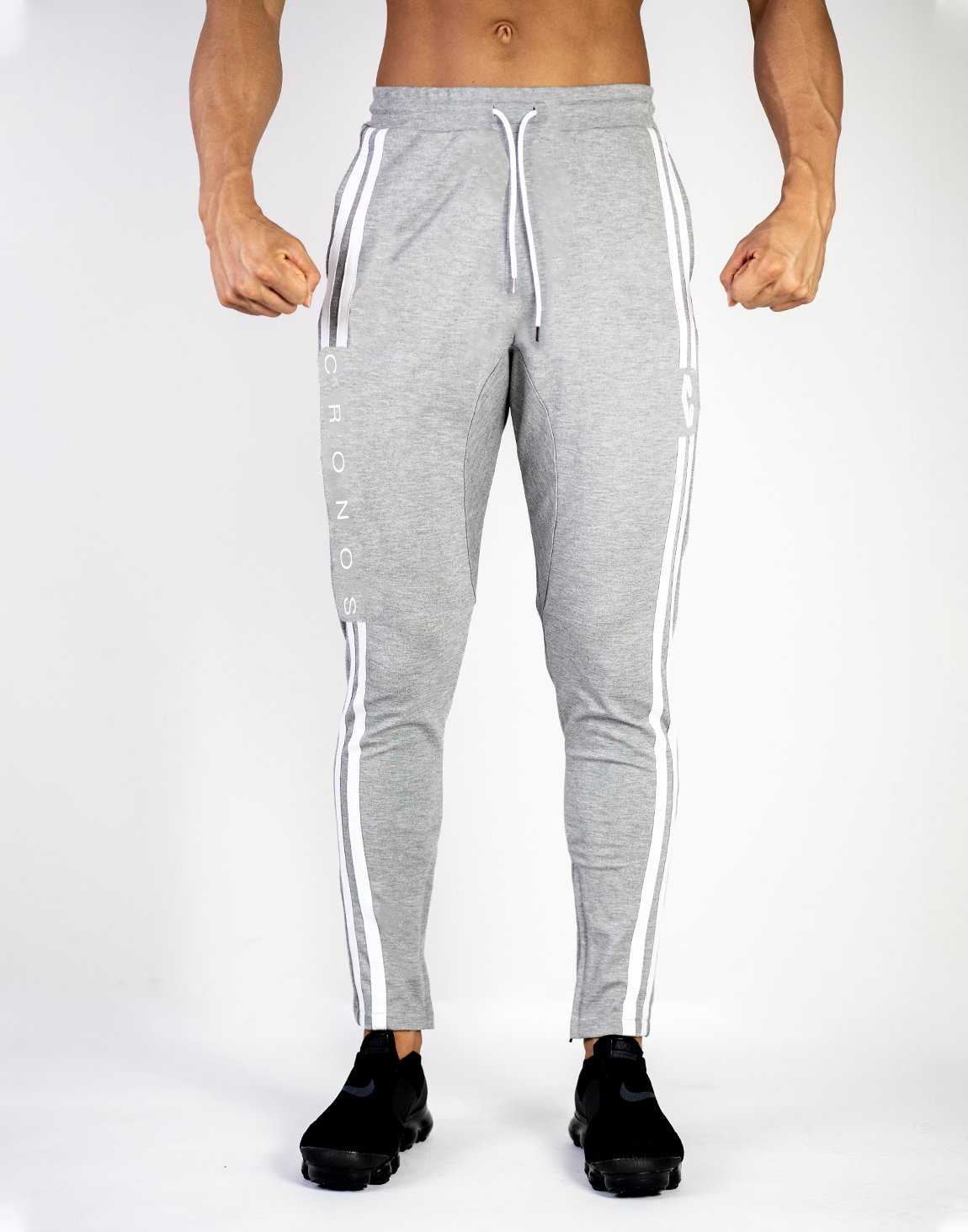 <img class='new_mark_img1' src='https://img.shop-pro.jp/img/new/icons1.gif' style='border:none;display:inline;margin:0px;padding:0px;width:auto;' />CRONOS NEW MODE 2STRIPE PANTS GRAY