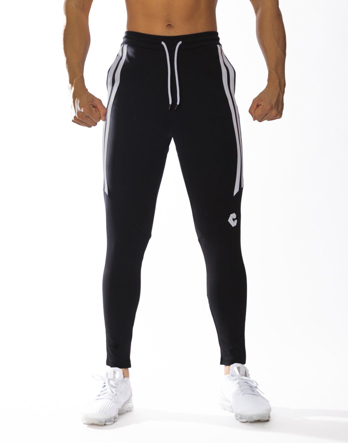 <img class='new_mark_img1' src='https://img.shop-pro.jp/img/new/icons55.gif' style='border:none;display:inline;margin:0px;padding:0px;width:auto;' />CRONOS HALF 2STRIPE CALF LOG PANTS 【BLACK】
