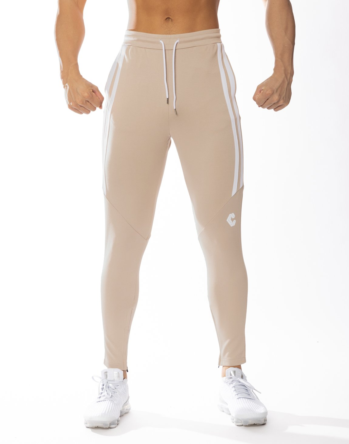 <img class='new_mark_img1' src='https://img.shop-pro.jp/img/new/icons55.gif' style='border:none;display:inline;margin:0px;padding:0px;width:auto;' />CRONOS HALF 2STRIPE CALF LOG PANTS 【BEIGE】