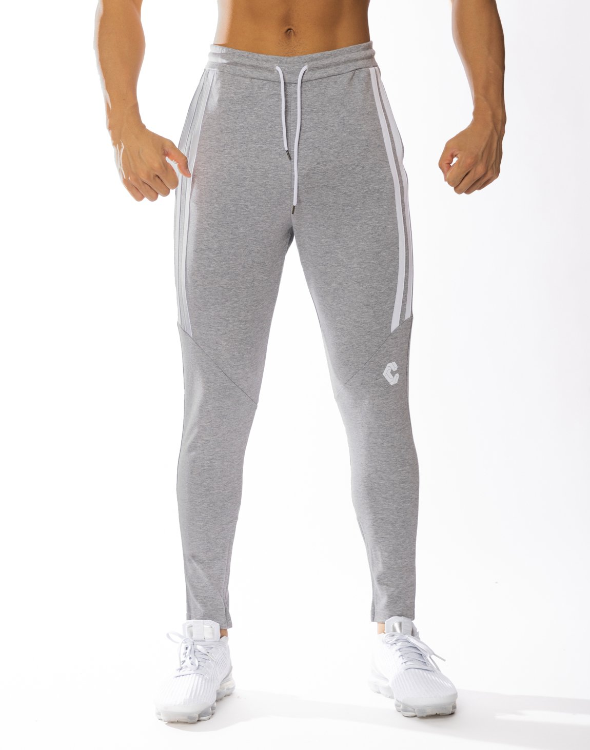 <img class='new_mark_img1' src='https://img.shop-pro.jp/img/new/icons1.gif' style='border:none;display:inline;margin:0px;padding:0px;width:auto;' />CRONOS HALF 2STRIPE CALF LOG PANTS 【GRAY】
