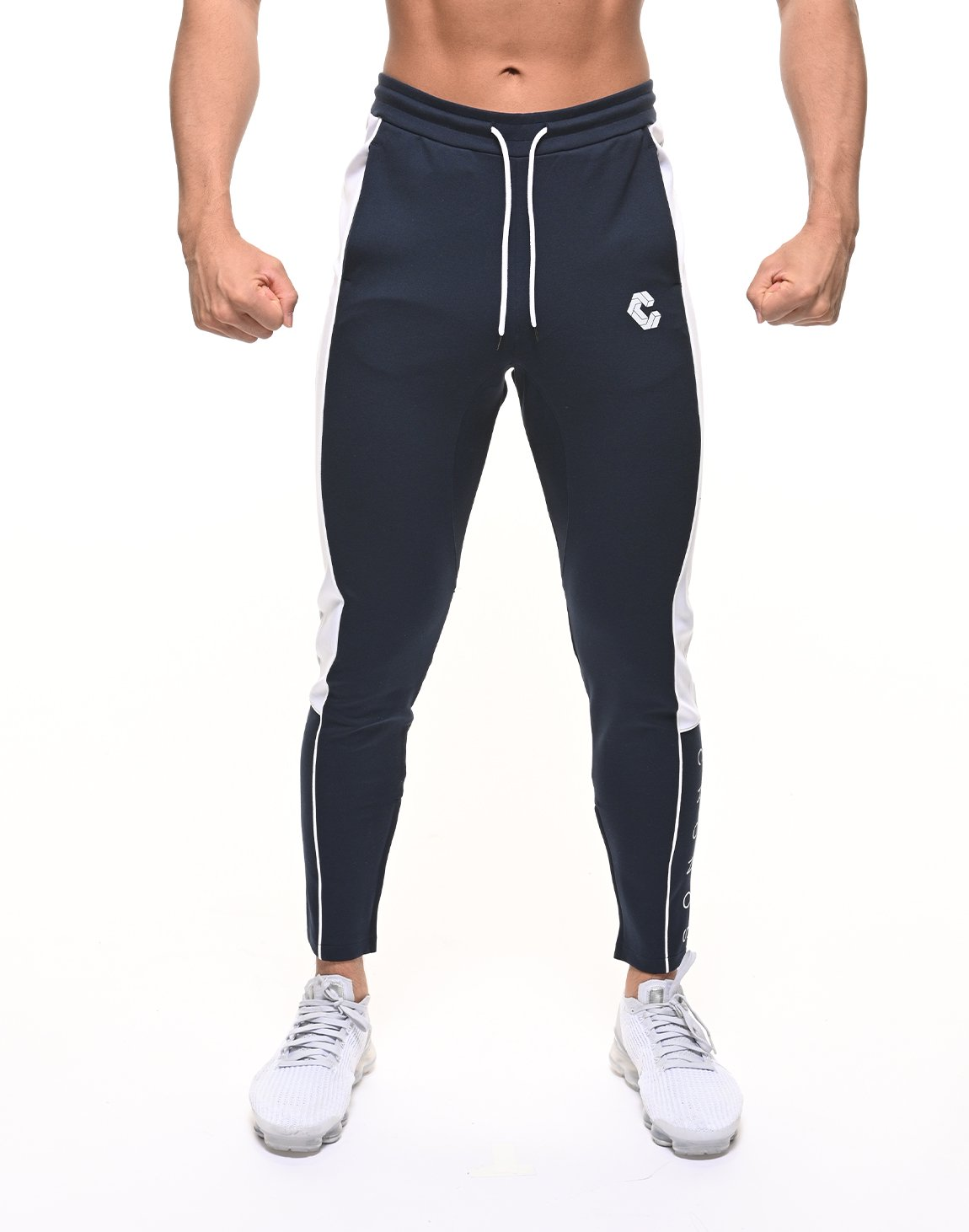 <img class='new_mark_img1' src='https://img.shop-pro.jp/img/new/icons55.gif' style='border:none;display:inline;margin:0px;padding:0px;width:auto;' />CRONOS THICK LINE LOGO PANTS【NAVY】