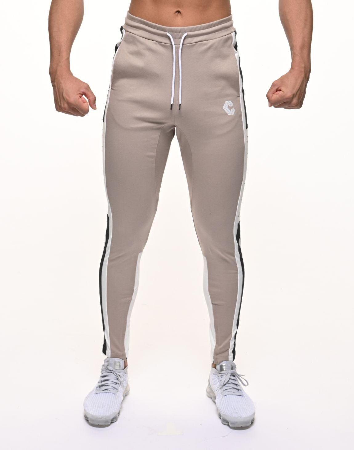 <img class='new_mark_img1' src='https://img.shop-pro.jp/img/new/icons1.gif' style='border:none;display:inline;margin:0px;padding:0px;width:auto;' />CRONOS SIDE THICK TAPE PANTS【BEIGE】