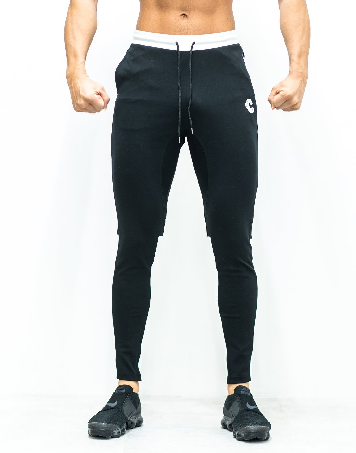 <img class='new_mark_img1' src='https://img.shop-pro.jp/img/new/icons1.gif' style='border:none;display:inline;margin:0px;padding:0px;width:auto;' />CRONOS CALF LOGO Bi-COLOR PANTS 【BLACK×WHITE】