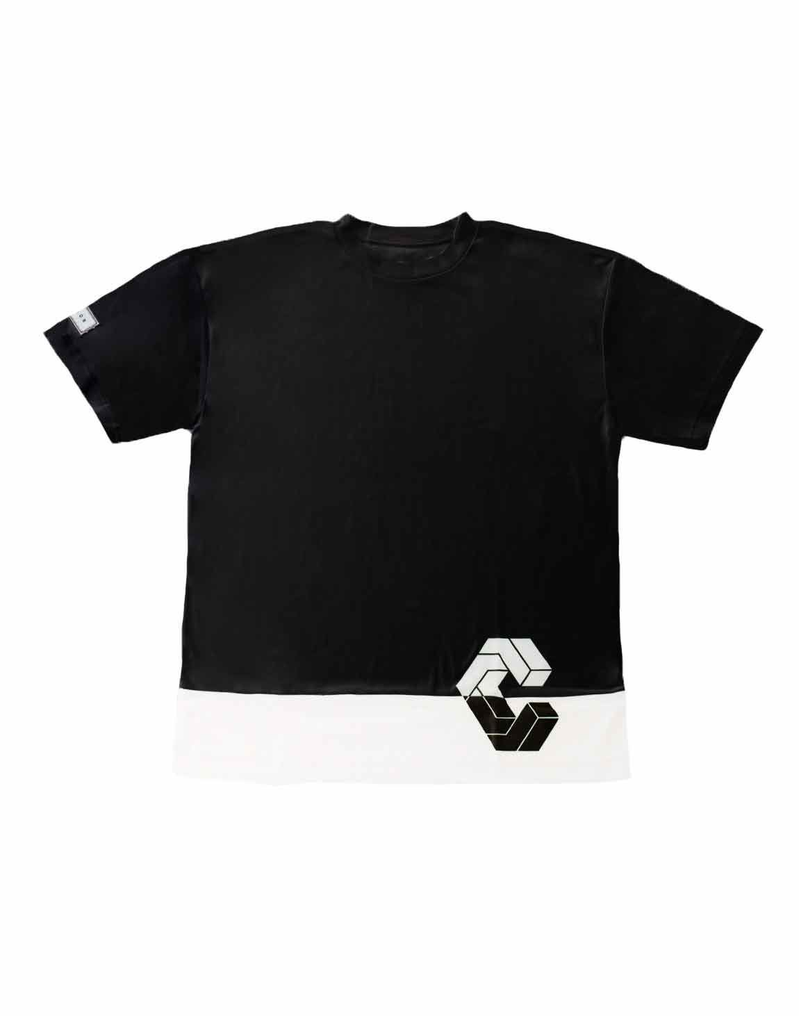<img class='new_mark_img1' src='https://img.shop-pro.jp/img/new/icons1.gif' style='border:none;display:inline;margin:0px;padding:0px;width:auto;' />CRONOS MODE SIDE LOGO OVER SIZE T-SHIRTS【BLACK×WHITE】