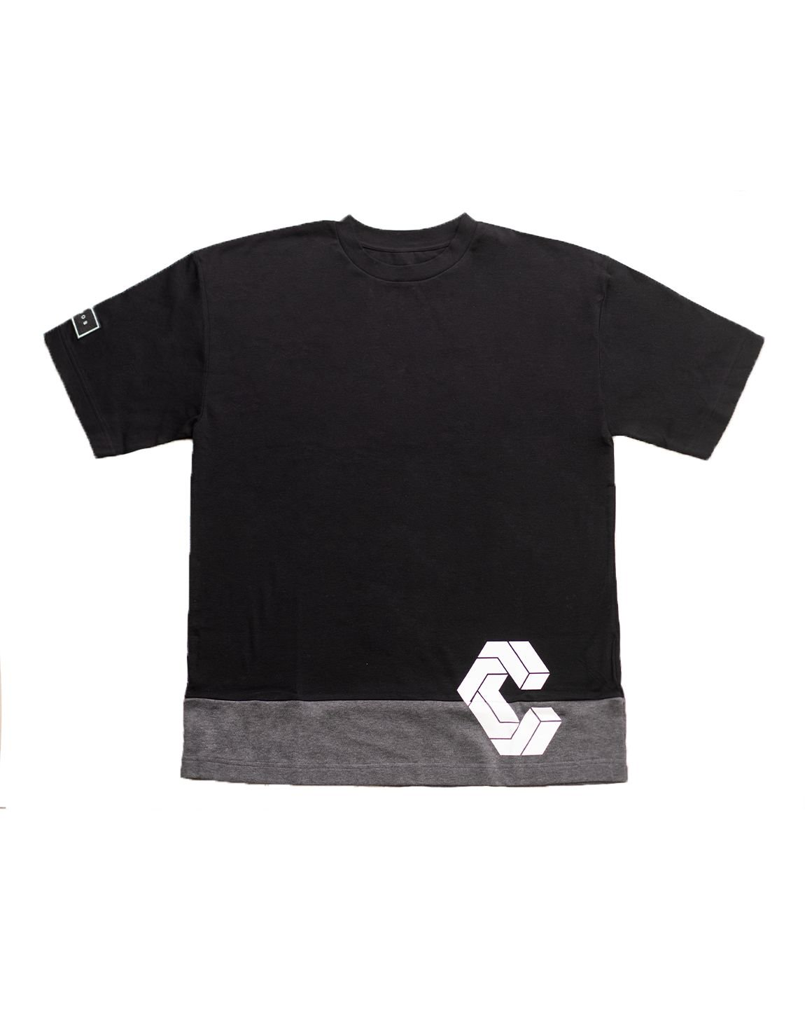 <img class='new_mark_img1' src='https://img.shop-pro.jp/img/new/icons1.gif' style='border:none;display:inline;margin:0px;padding:0px;width:auto;' />CRONOS MODE SIDE LOGO OVER SIZE T-SHIRTS【BLACK×C.GRAY】