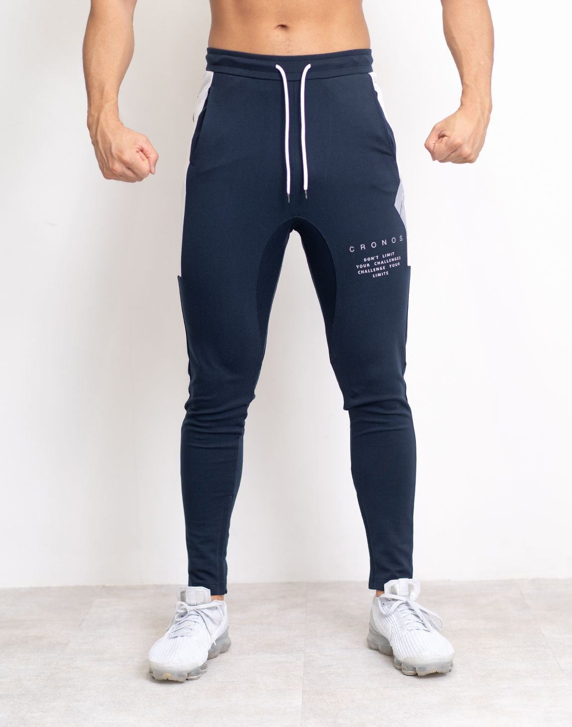 <img class='new_mark_img1' src='https://img.shop-pro.jp/img/new/icons1.gif' style='border:none;display:inline;margin:0px;padding:0px;width:auto;' />CRONOS SIDE BIG LOGO PANTS【NAVY】