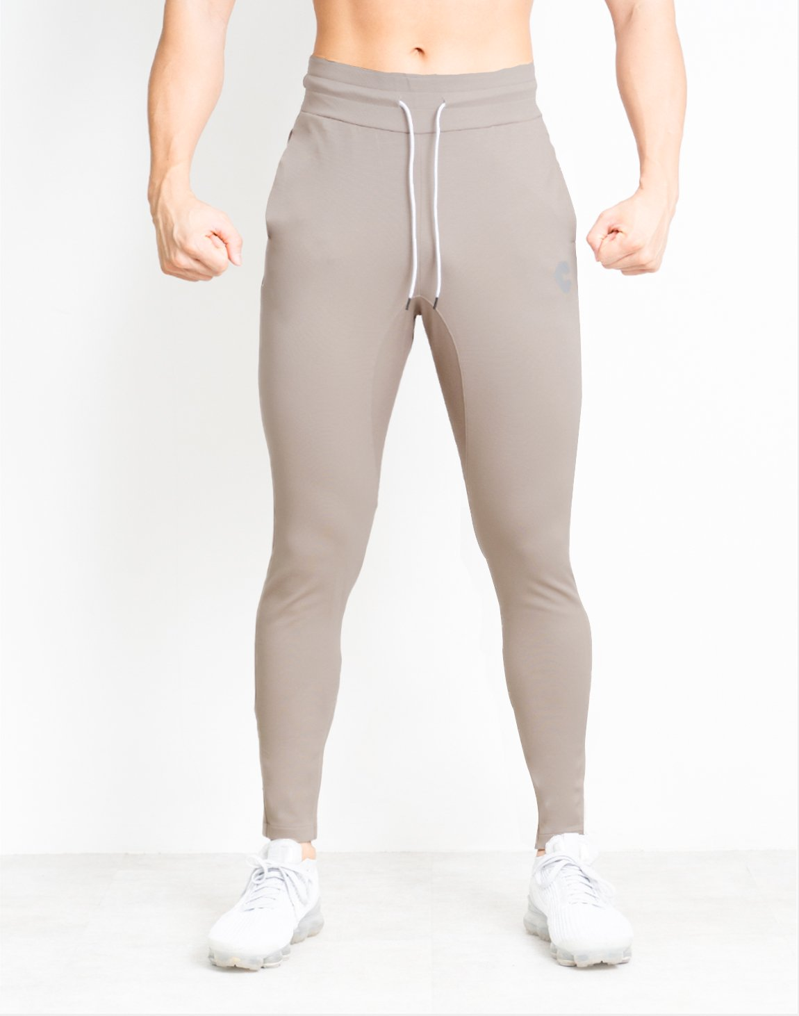 <img class='new_mark_img1' src='https://img.shop-pro.jp/img/new/icons1.gif' style='border:none;display:inline;margin:0px;padding:0px;width:auto;' />CRONOS SIDE CLAF LOGO PANTS【BEIGE】