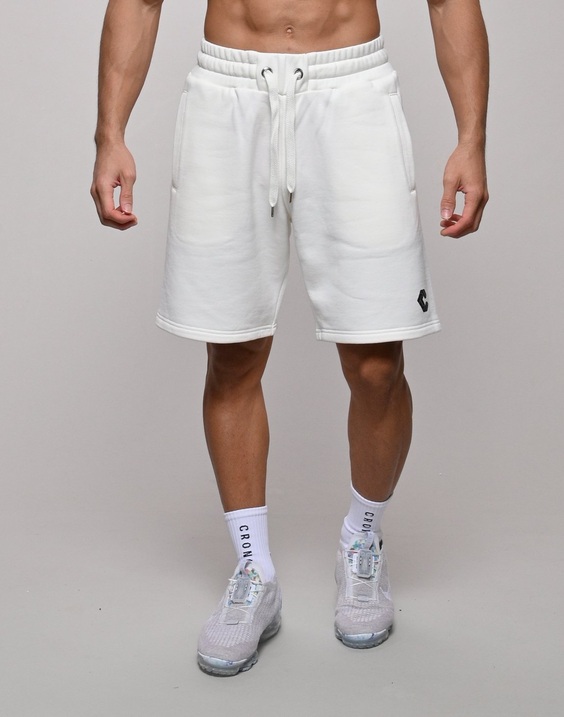 <img class='new_mark_img1' src='https://img.shop-pro.jp/img/new/icons1.gif' style='border:none;display:inline;margin:0px;padding:0px;width:auto;' />CRONOS BACK THREAD SHORTS【WHITE】