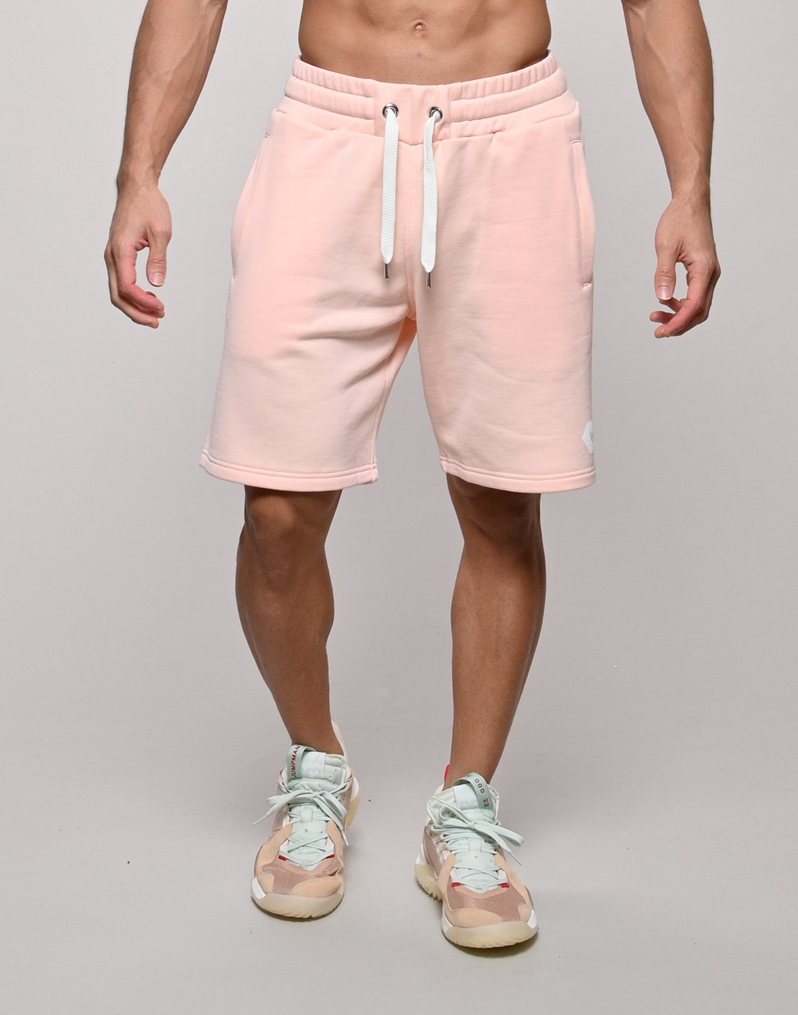 <img class='new_mark_img1' src='https://img.shop-pro.jp/img/new/icons1.gif' style='border:none;display:inline;margin:0px;padding:0px;width:auto;' />CRONOS BACK THREAD SHORTS【PINK】