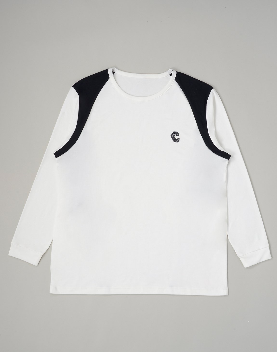 <img class='new_mark_img1' src='https://img.shop-pro.jp/img/new/icons55.gif' style='border:none;display:inline;margin:0px;padding:0px;width:auto;' />CRONOS LATS LINE LONG SLEEVE【WHITE】
