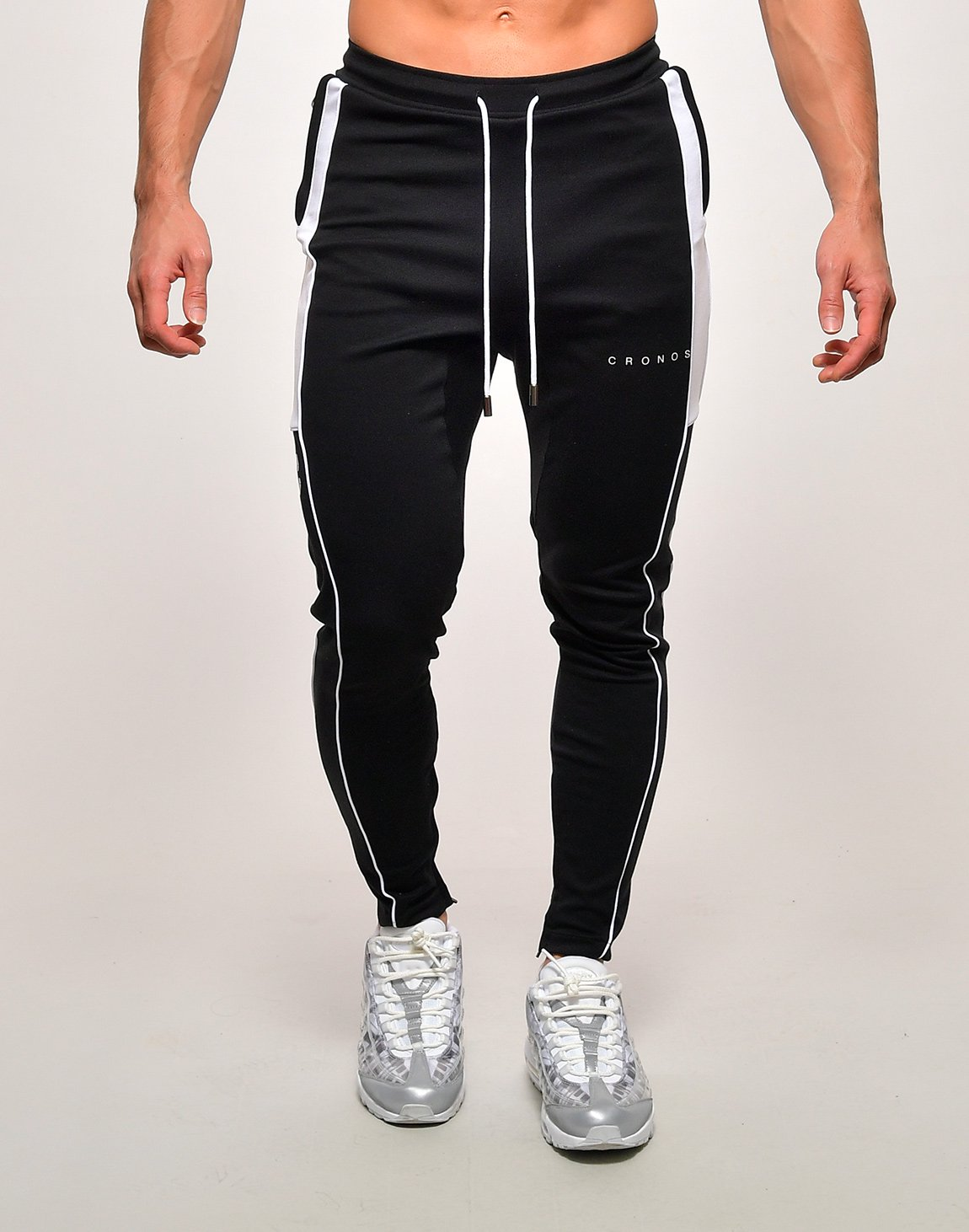 <img class='new_mark_img1' src='https://img.shop-pro.jp/img/new/icons1.gif' style='border:none;display:inline;margin:0px;padding:0px;width:auto;' />CRONOS ROUND PULLER ZIP PANTS【BLACK×WHITE】