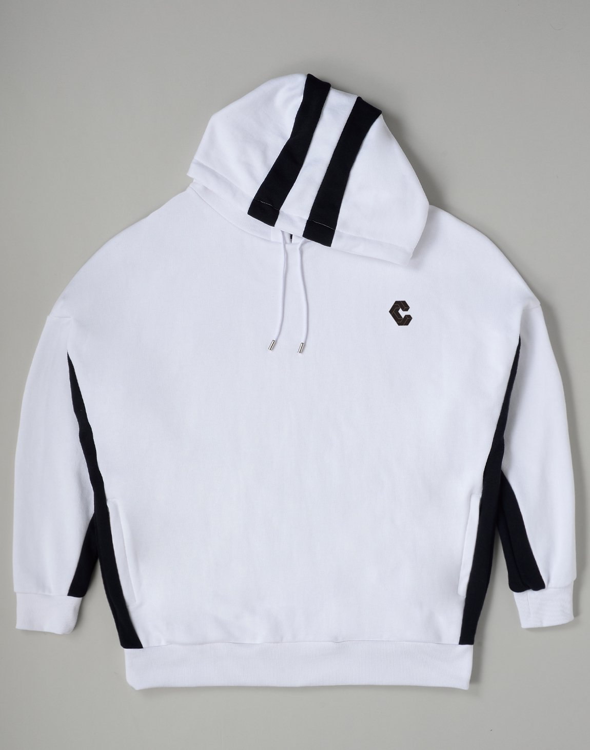 <img class='new_mark_img1' src='https://img.shop-pro.jp/img/new/icons1.gif' style='border:none;display:inline;margin:0px;padding:0px;width:auto;' />CRONOS 2STRIPE HOODIE【WHITE】