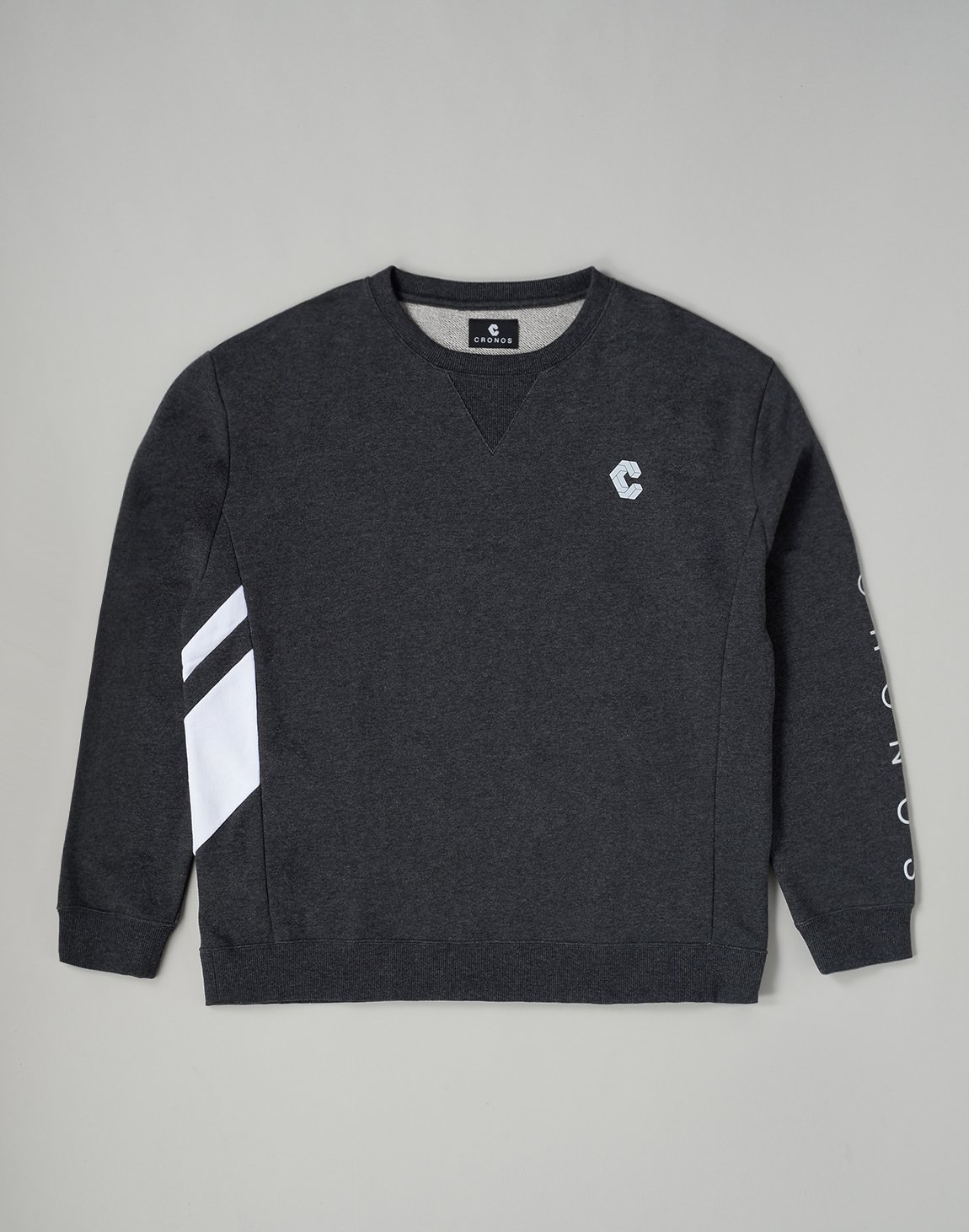 <img class='new_mark_img1' src='https://img.shop-pro.jp/img/new/icons1.gif' style='border:none;display:inline;margin:0px;padding:0px;width:auto;' />CRONOS SLANTED LINE SWEATSHIRT【C.GRAY】
