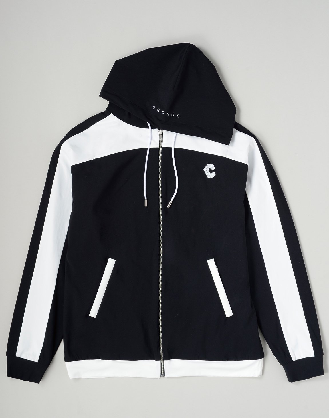 <img class='new_mark_img1' src='https://img.shop-pro.jp/img/new/icons1.gif' style='border:none;display:inline;margin:0px;padding:0px;width:auto;' />CRONOS HOODED BLOUSON【BLACK】