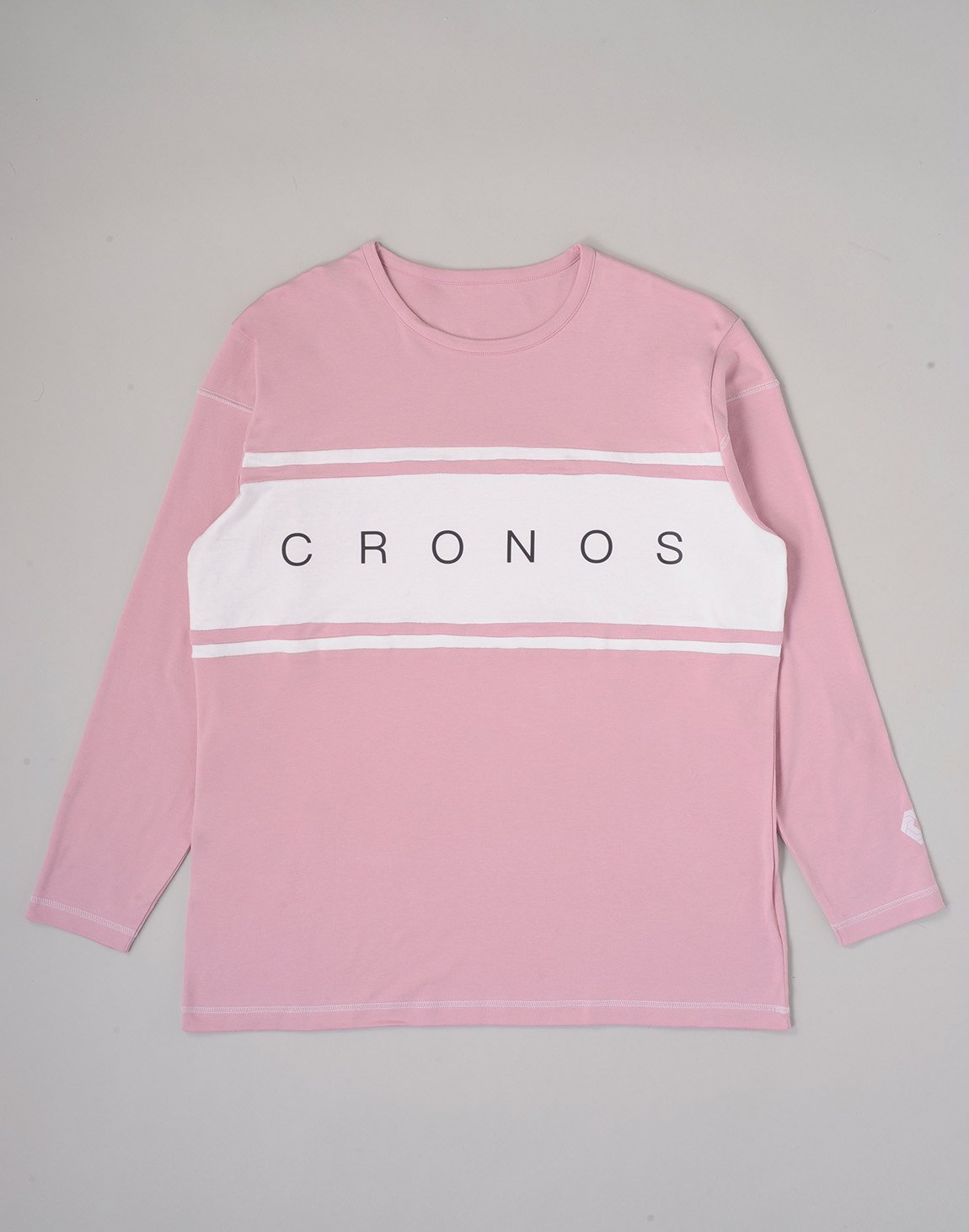 <img class='new_mark_img1' src='https://img.shop-pro.jp/img/new/icons1.gif' style='border:none;display:inline;margin:0px;padding:0px;width:auto;' />CRONOS BANNER LOGO BIG LONG SLEEVE【PINK】