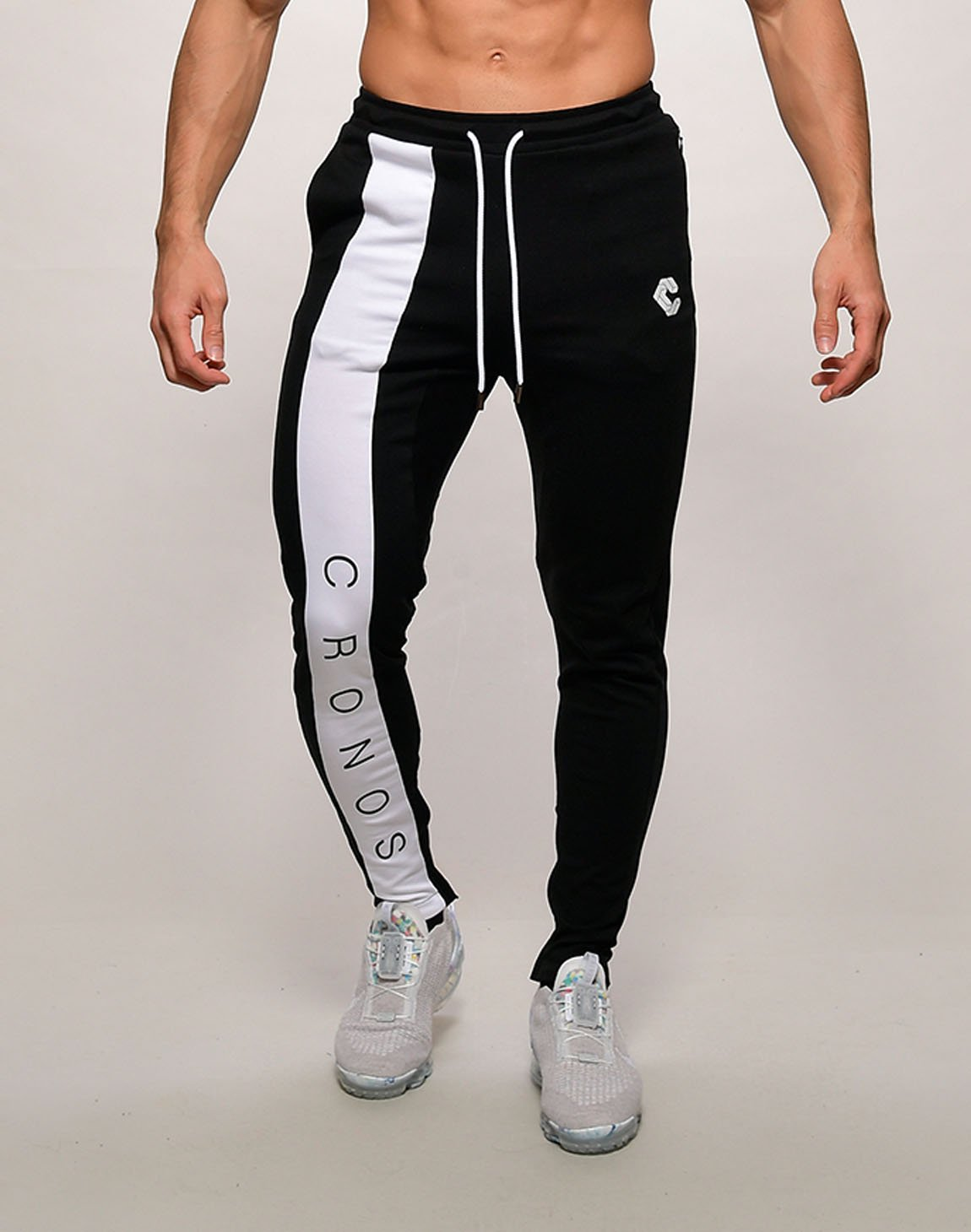<img class='new_mark_img1' src='https://img.shop-pro.jp/img/new/icons1.gif' style='border:none;display:inline;margin:0px;padding:0px;width:auto;' />CRONOS FRONT LETTER LOGO  SWEET PANTS【BLACKxWHITE】