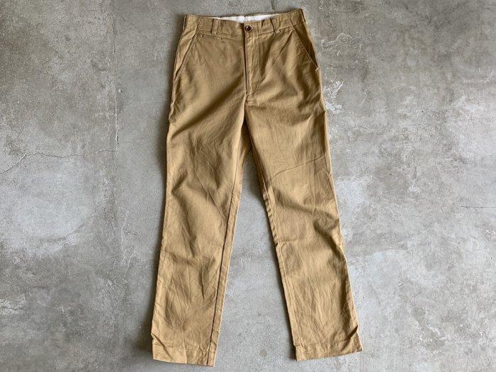 standard chino pants / KHAKI