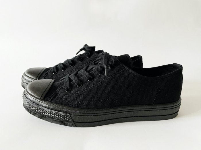ASAHI LOW-CUT SNEAKERS / BLACK
