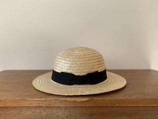 <img class='new_mark_img1' src='https://img.shop-pro.jp/img/new/icons8.gif' style='border:none;display:inline;margin:0px;padding:0px;width:auto;' />straw round hat