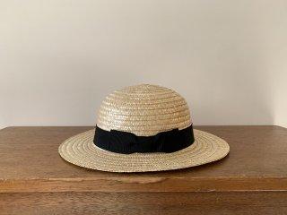 straw round hat