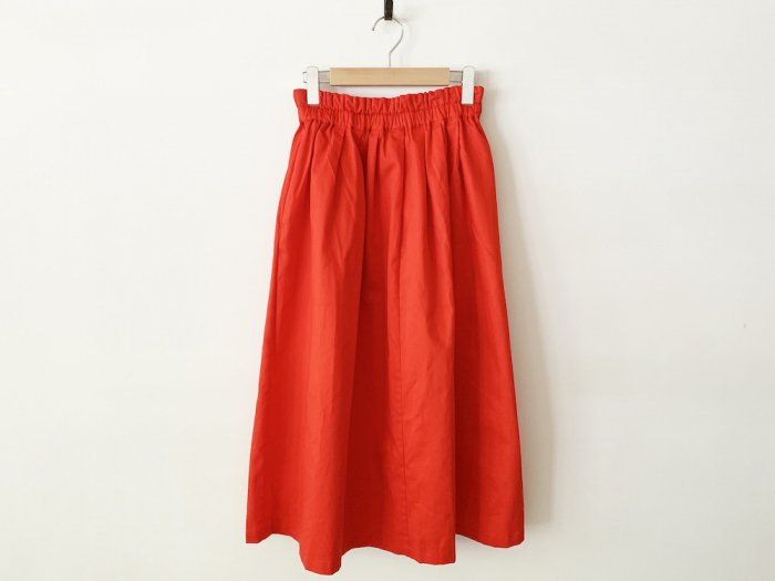 chino long skirt / RED