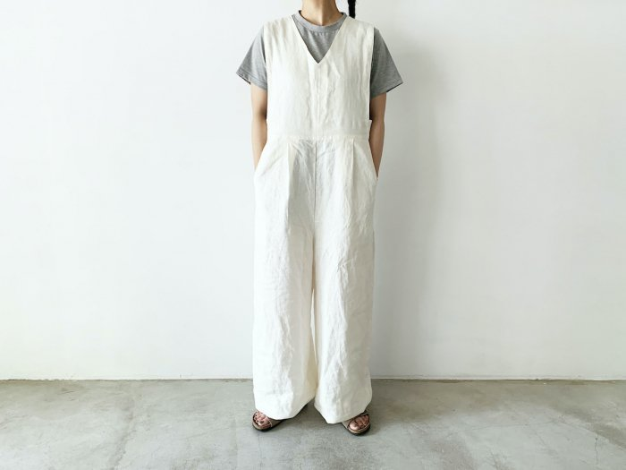 <img class='new_mark_img1' src='https://img.shop-pro.jp/img/new/icons8.gif' style='border:none;display:inline;margin:0px;padding:0px;width:auto;' />linen overalls / OFF WHITE